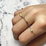 Charmin's goudkleurige stapelring R923 Crystal Spring Goudkleurig_